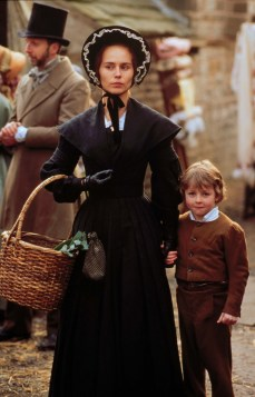 Tara Fitzgerald as Helen in The Tenant of Wildfell Hall